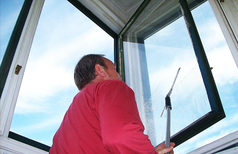 Čištění fasád, mytí oken, výloh, i výškové Praha 2