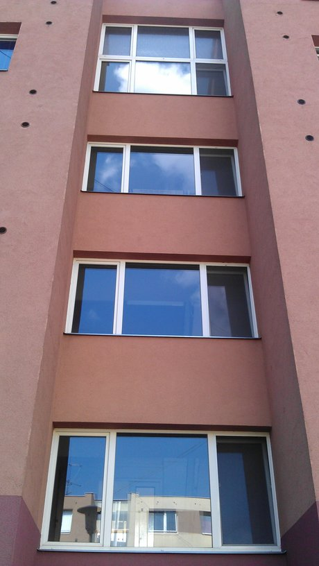 Úklid Praha 7, mytí oken a výloh