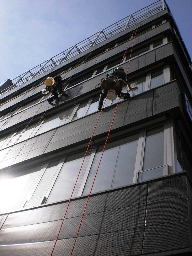 Čištění výškové, mytí oken, výloh Ostrava Poruba